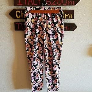 H&M dress pants with flowery print